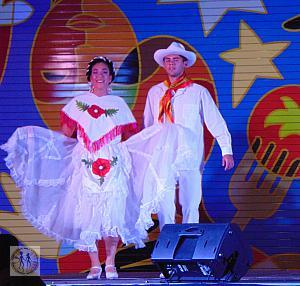 salt-lake-city-eve-mexican-dancers-couple-6676