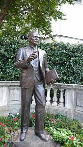 ataturk-sculpture-in-wdc-by-jeffrey-l-hall